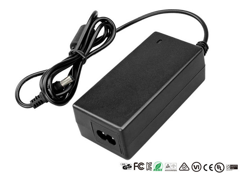 Safety Approved 24V Universal AC Adapter Desktop Adaptor 24V 3A For LED Strip